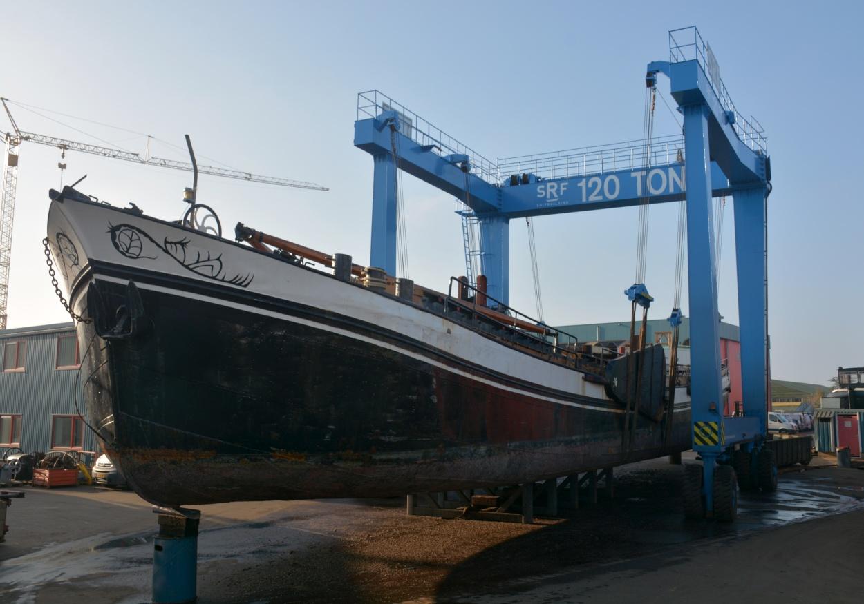 De Avontuur in de SRF-schepenlift.