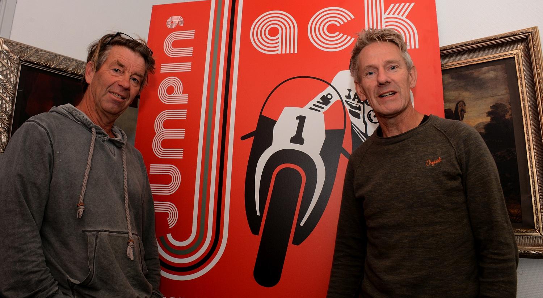 Kees Botman (links) en Pieter Stellingwerf: gegrepen door het meeslepende leven van Jack Middelburg. (Foto: Gijs van Hesteren)