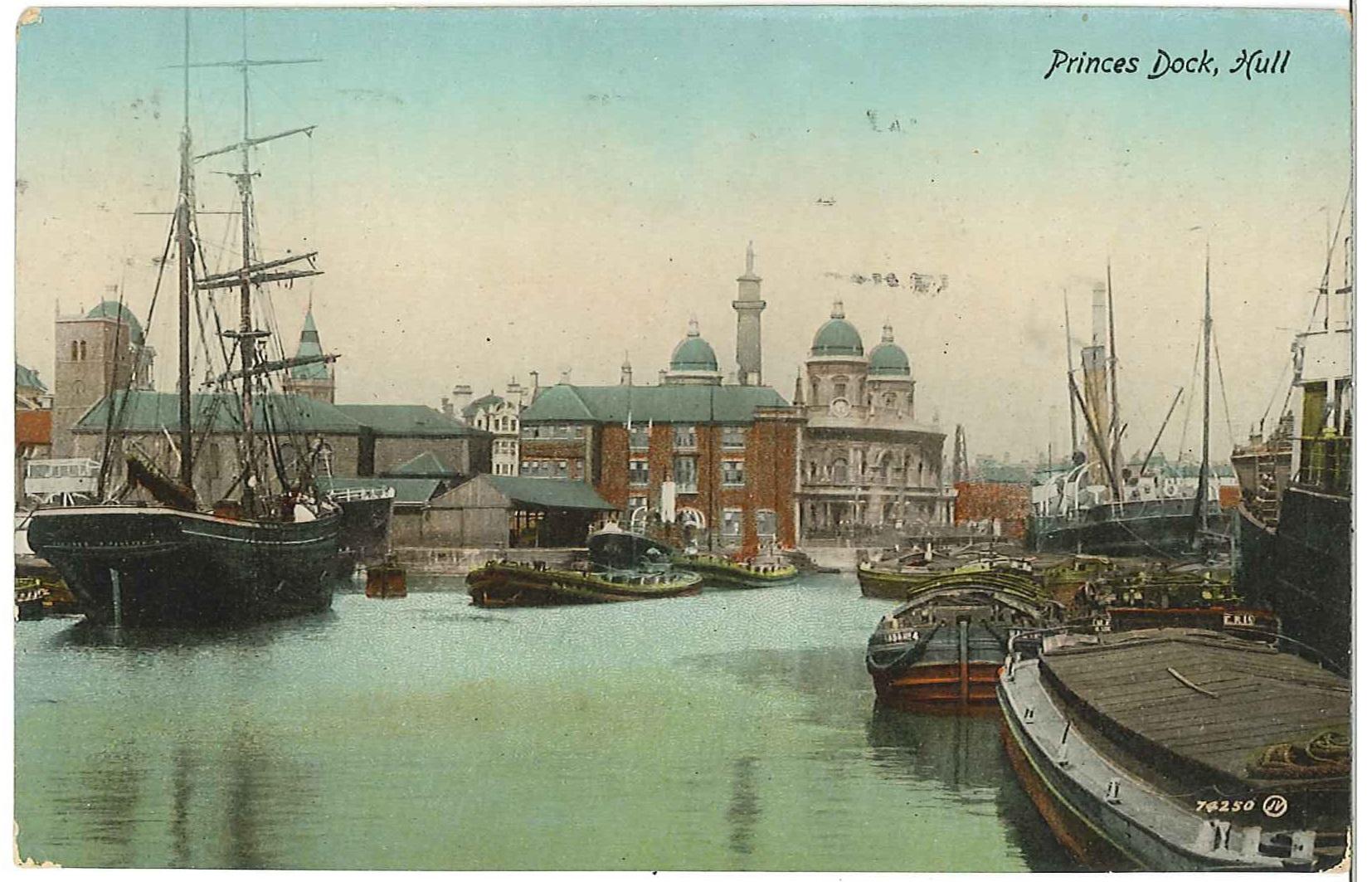 Princess Dock in Hull op een ingekleurde ansichtkaart uit het begin van de vorige eeuw. (Collectie N.P. Pellenbarg)